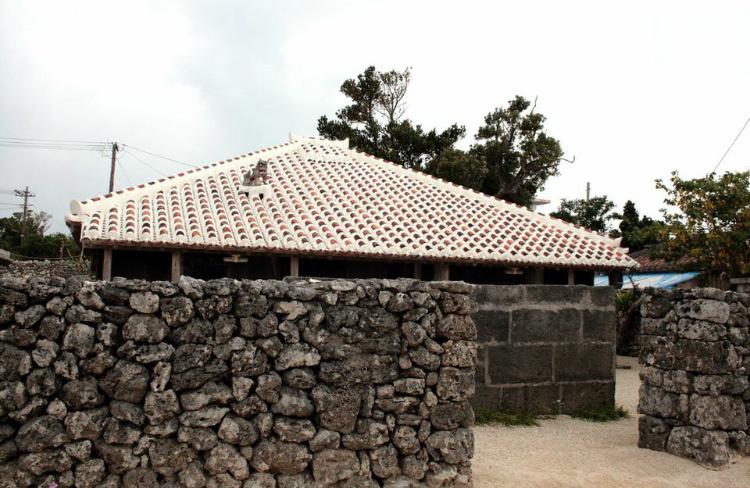 http://ishigaki-jima.jp/yaeyama/ishigaki/4497/